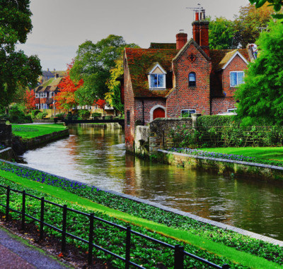 3-Minute Travel Guide: Canterbury England