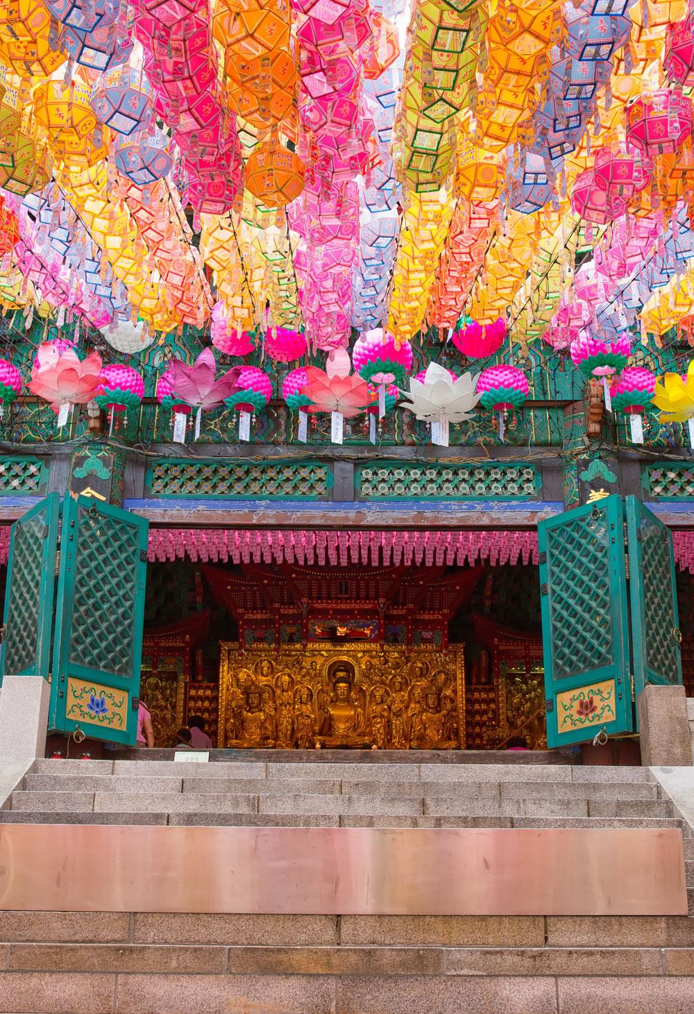 Bright, colorful lotus lanterns at Dosunsa temple in Bukhansan, Seoul, Korea